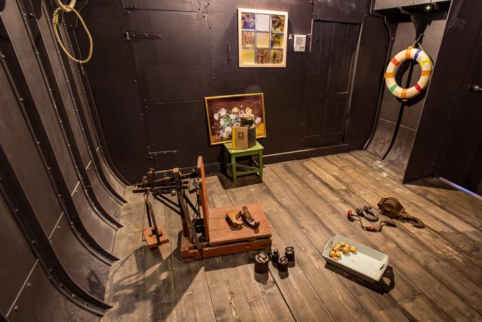 Groepsuitjes in Friesland: een escaperoom met een skûtsje als thema