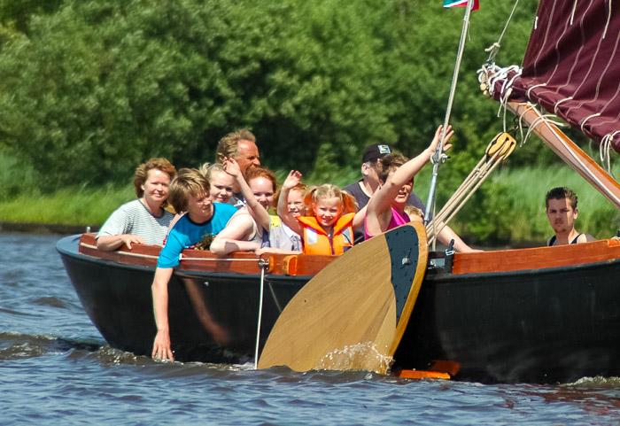 Familiedag Zeilen in Friesland: heerlijk actief zeilen op de Friese Meren.